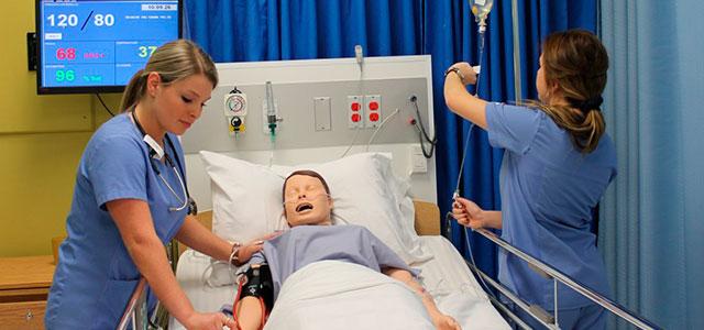 Все сиделки являются проверенными, с опытом работы в больницах, настоящими профессионалами